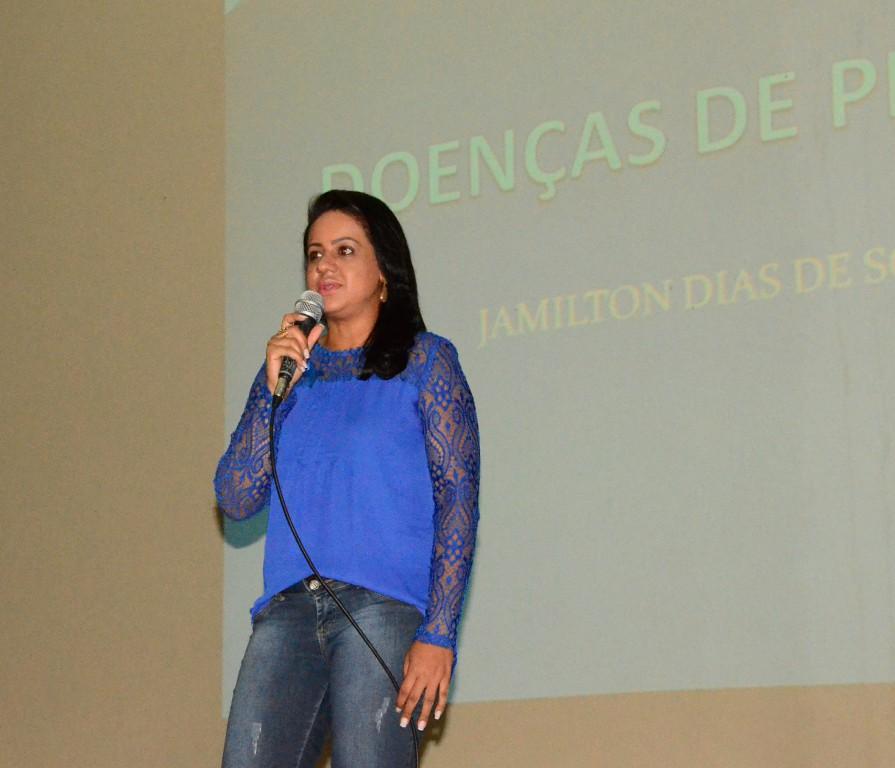 Scheila Oliveira